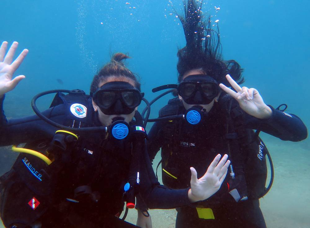 padi open water diver course cham island diving center vietnam